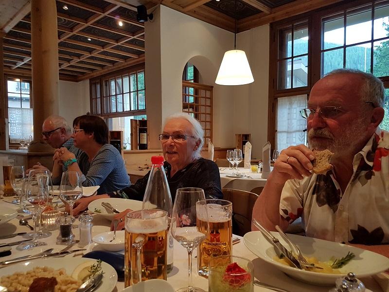 Gemeinsames Mittagessen Hotel Meierhof