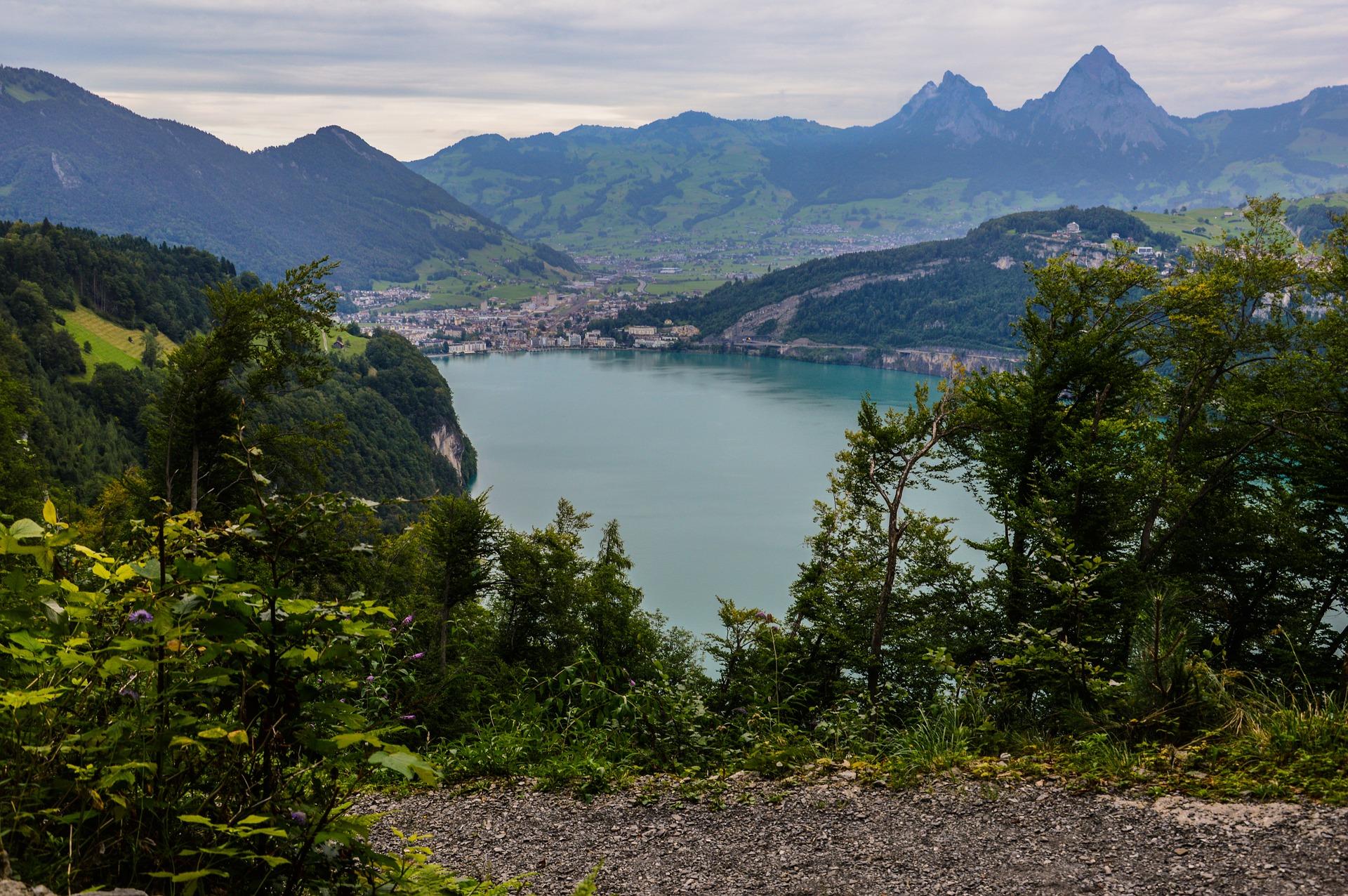 bergsee-2706039_1920