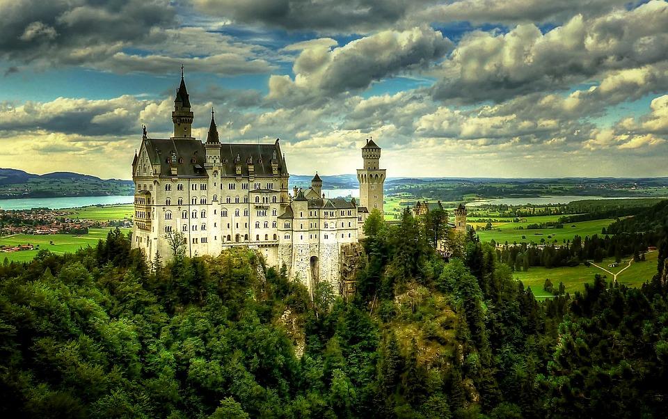 Deutschland Bayern swan-stone-2278688_960_720