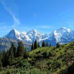 In 10 Tagen die Schweizer Alpen von der Jungfrau Region bis Davos bereisen! Panoramazüge inklusive.