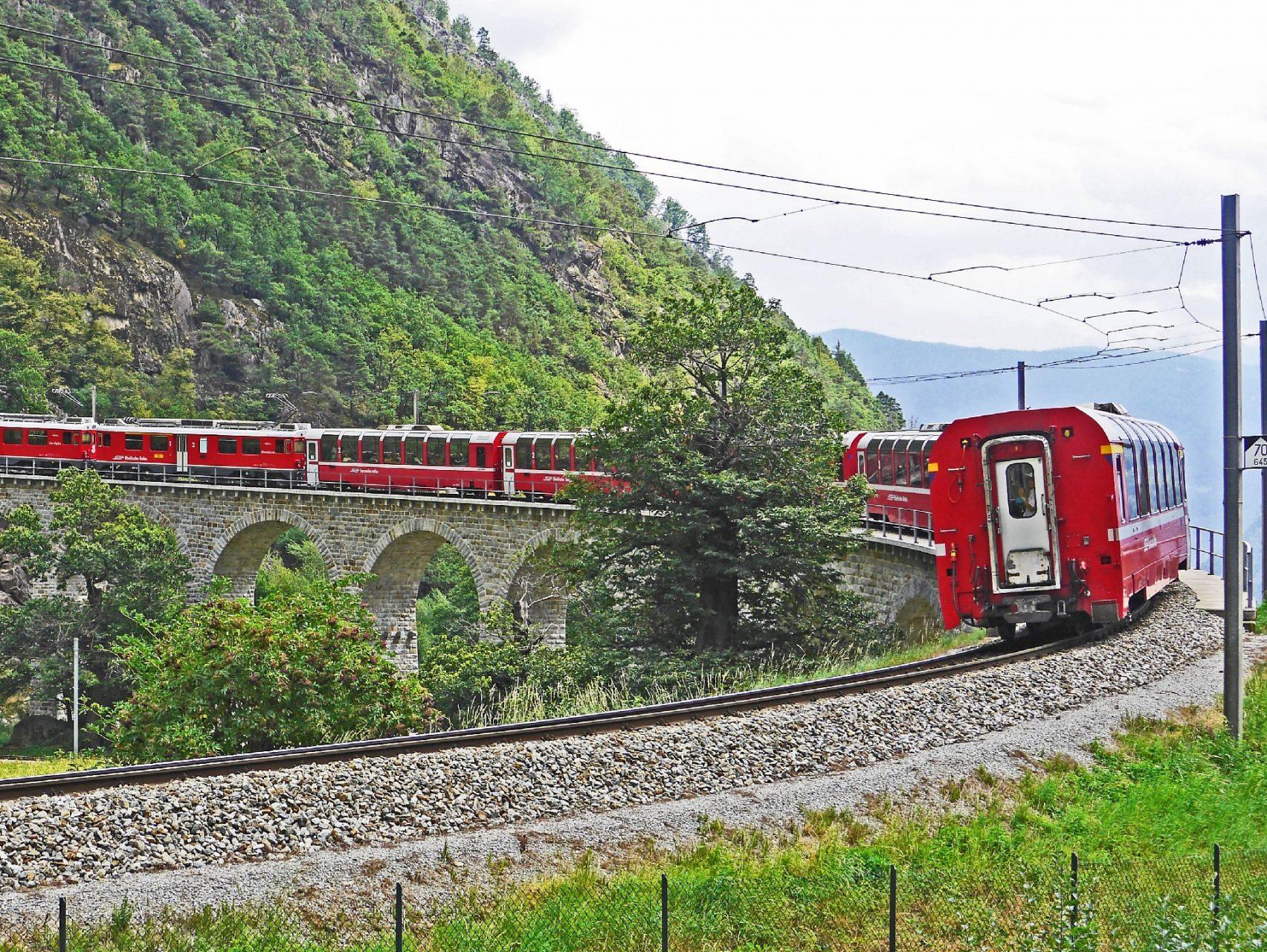 pixabay bernina-railway-1504723