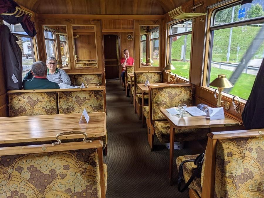 Gourminowagen im Einsatz zwischen Chur und St. Moritz