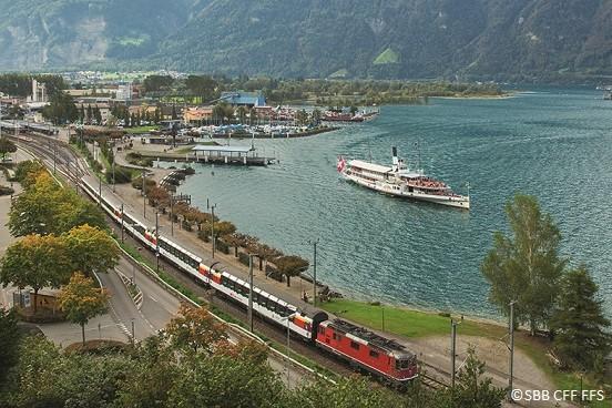 Gotthard Panorama Express in Flüelen