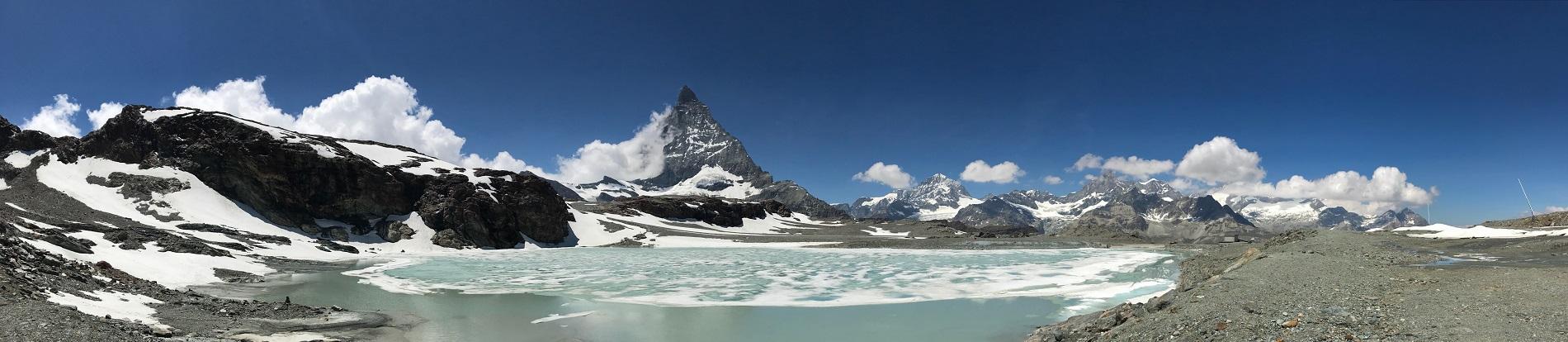 Matterhorn mit Gletschersee