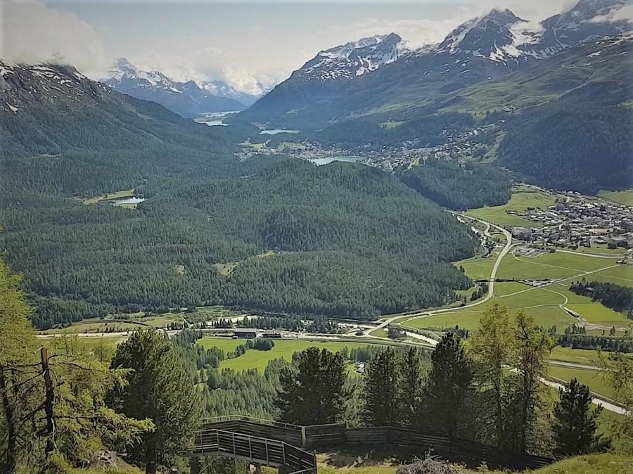 Ausblick von der Gondelbahn Muottas Muragl