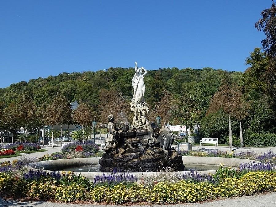 Baden bei Wien, Undinenbrunnen im Kurpark