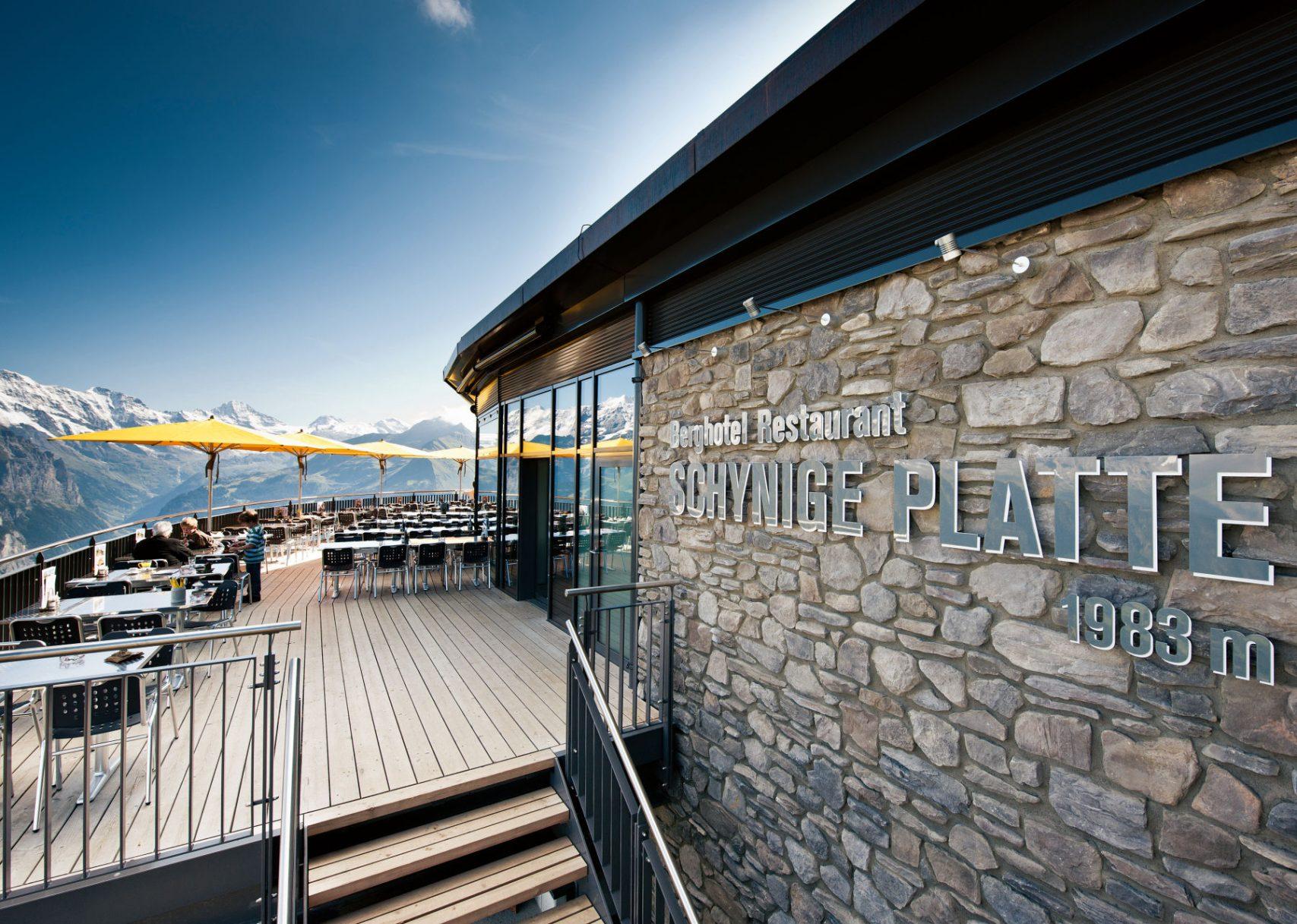 bergrestaurant-schynige-platte-terrasse-01 © Jungfraubahnen 2019