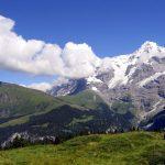 10-tägige Entdeckungsreise durch die magische Bergwelt der Schweizer Alpen. Panoramazüge inklusive!