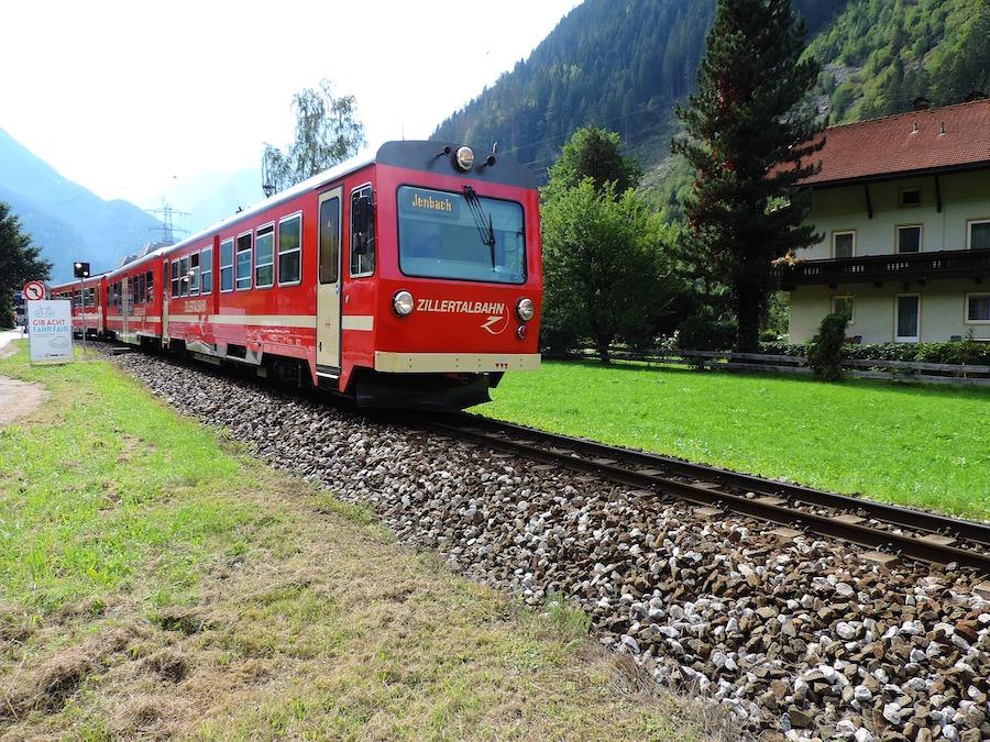 zillertalbahn-3702782_1920